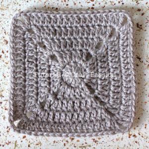 crochet-granny-square-12