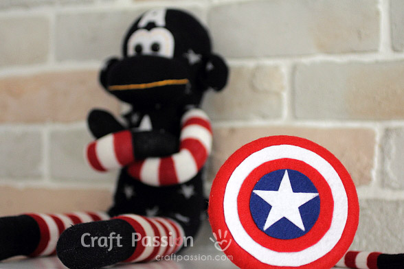 How to make toy Captain America's shield