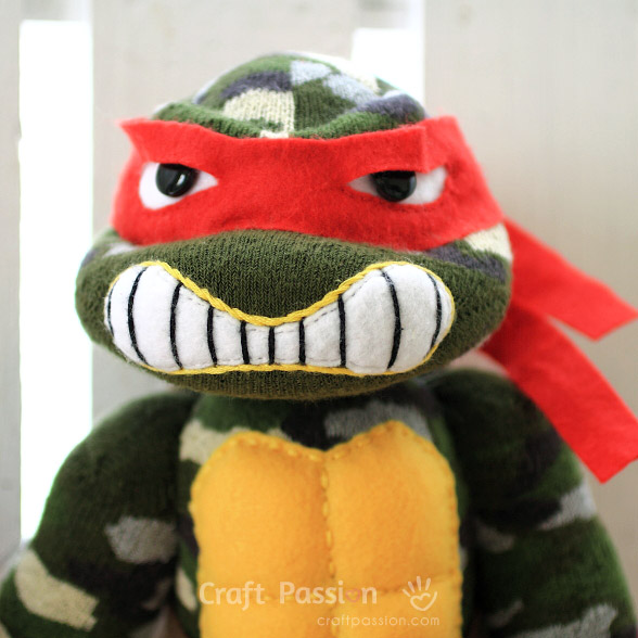 Raphael Ninja Turtle in Red mask