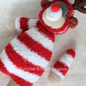 how to sew reindeer from sock