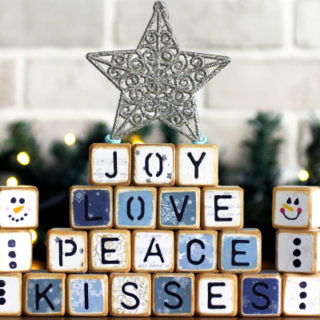 DIY Christmas Crafts wooden letter cubes