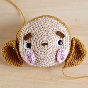 monkey amigurumi attach ears