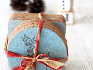 diy Christmas Crafts cork coaster