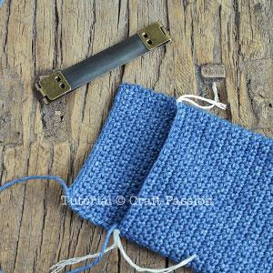 crochet flex frame pouch
