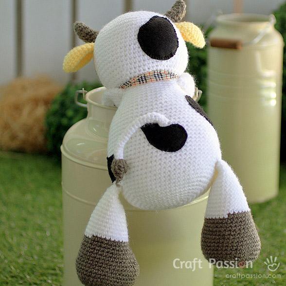 moo moo cow amigurumi