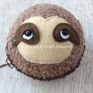 sock sloth tutorial 11