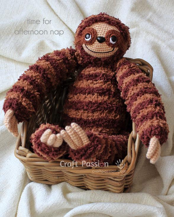 sloth amigurumi