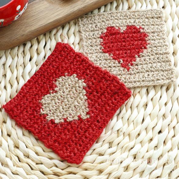 crochet valentine heart coasters