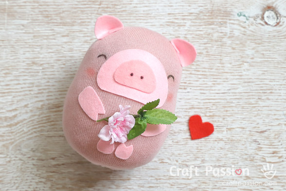 Easy Sock Pig Pattern