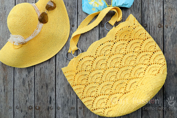 Crochet Giant Shell Stitch Beach Tote