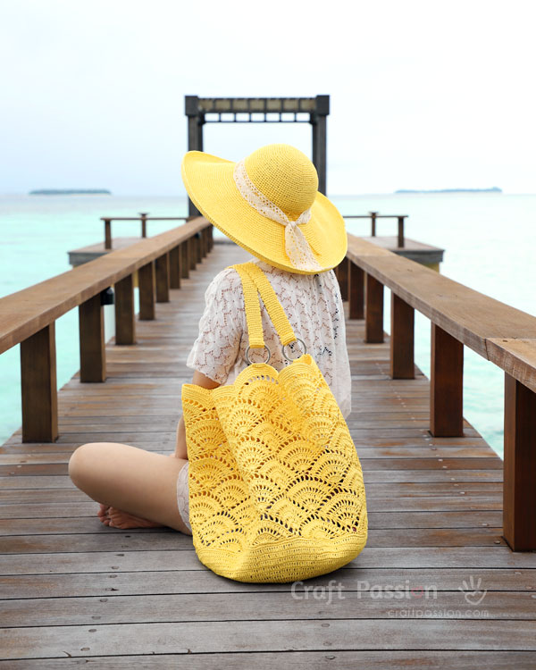 yellow beach tote