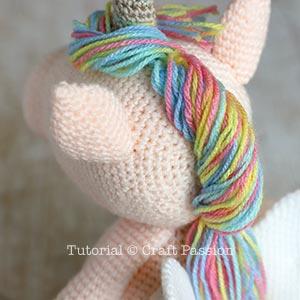 unicorn amigurumi mane