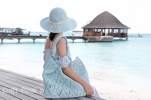 crochet straw oversized tote