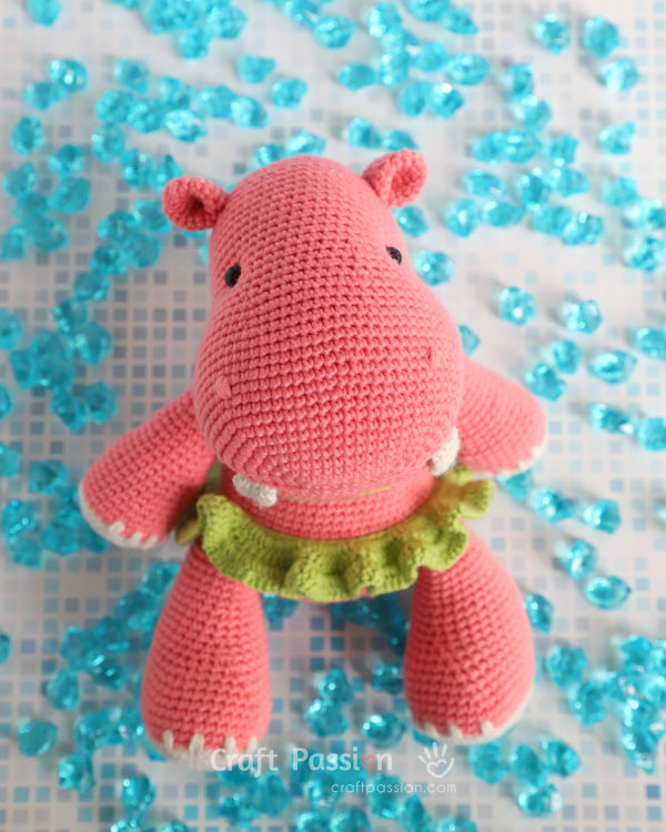 Holly the Hippo: Free Amigurumi Hippo Crochet Pattern | | 750x600