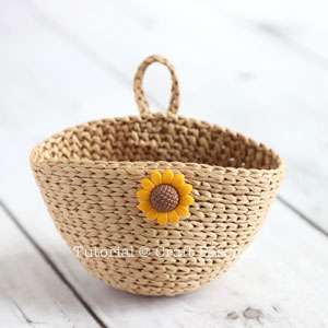 crochet straw basket
