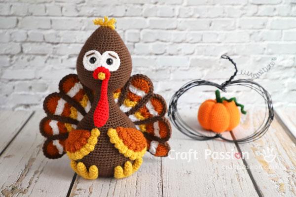 pumpkin turkey amigurumi