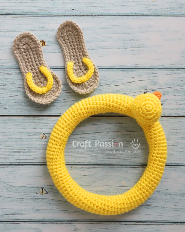 duck swimming buoy amigurumi pattern