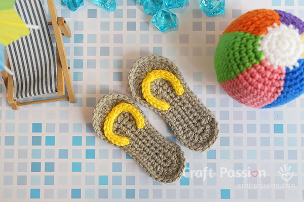 mini sandals crochet pattern