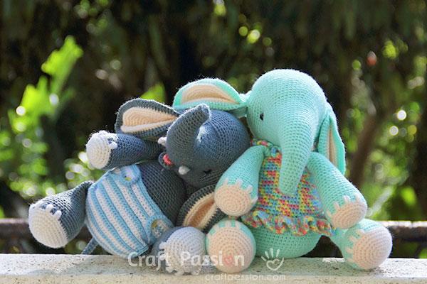 Amigurumi Crochet Elephant Pattern | Supergurumi | 400x600