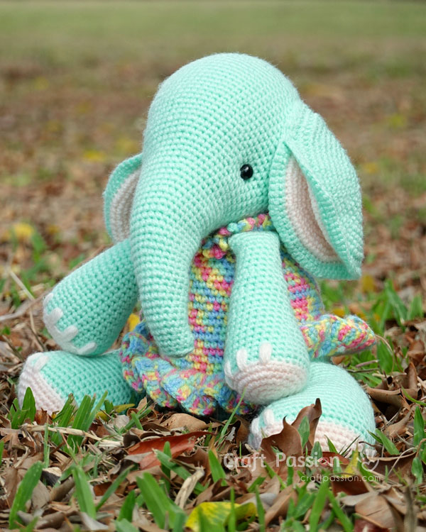 amigurumi elephant dress