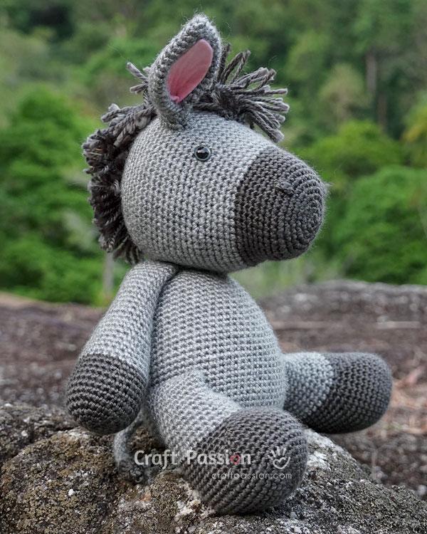 cuddle donkey amigurumi