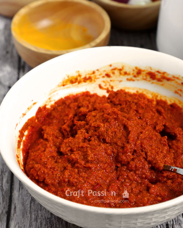 homemade delicious curry paste