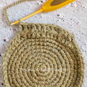 crochet basket 11