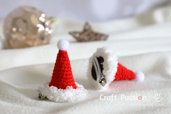Mini Santa Hat Hair Clip Crochet Pattern