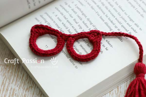 eyeglasses bookmark