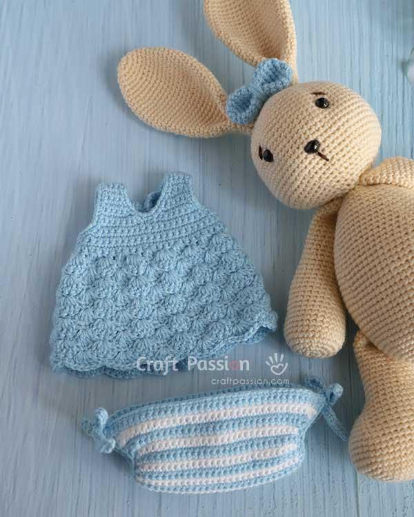 dress for amigurumi crochet pattern