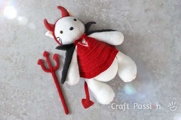 Crochet Devil Costume For Amigurumi