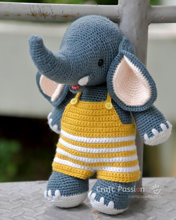 amigurumi elephant in overalls crochet pattern
